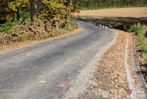Wyremontowano drogę koło cmentarz