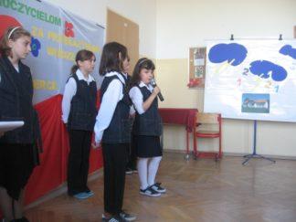 Szkoła w Cichawce rok szkolny 2007/2008