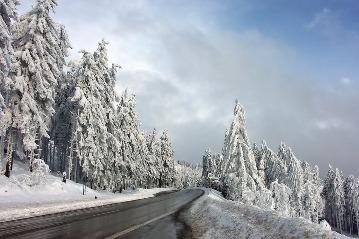 Wykaz dróg zleconych przez Urząd Gminy w Łapanowie do zimowego utrzymania